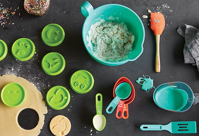 Pampered Chef Kids' Bake Set