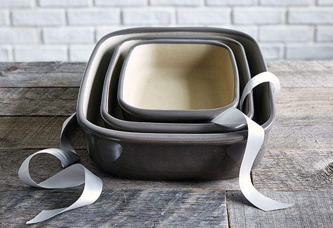 Stoneware Baker Set