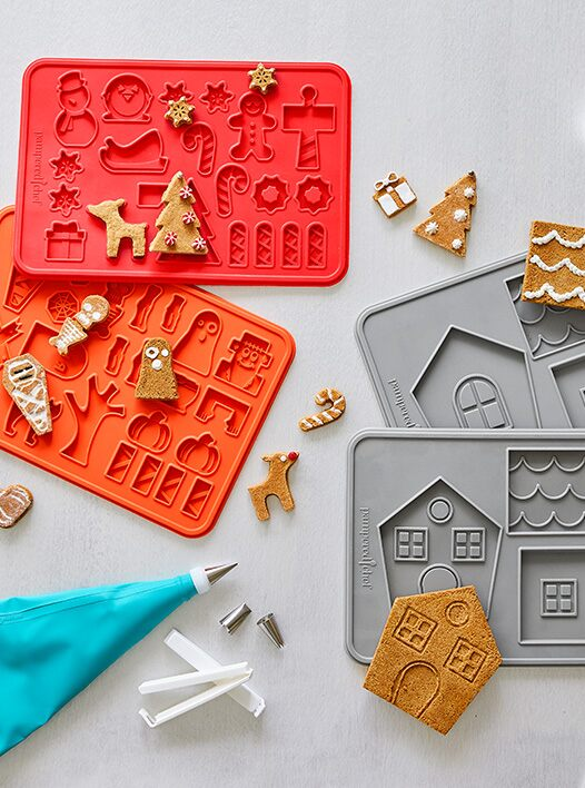 NEW! Ultimate Cookie House Gift Set