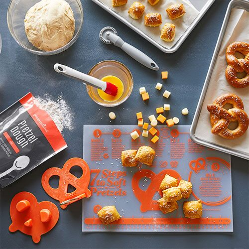 Ultimate Soft Pretzel-Making Set
