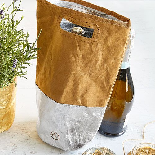 Reusable Wine Gift Bag In Silver Pampered Chef Us Site
