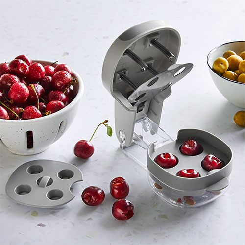 Cherry & Olive Pitter