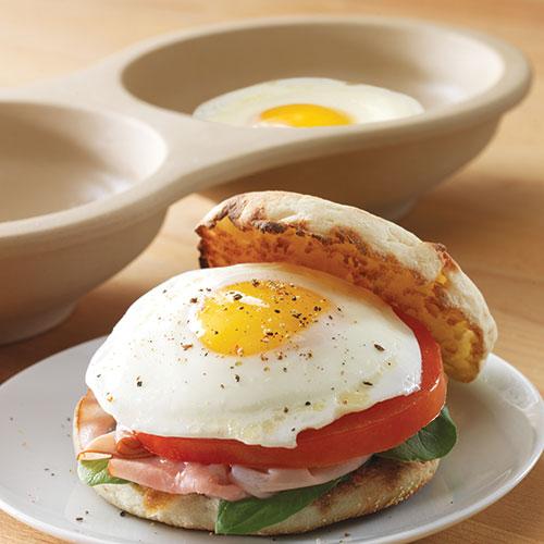Microwave Egg Cooker Shop Pampered Chef Us Site
