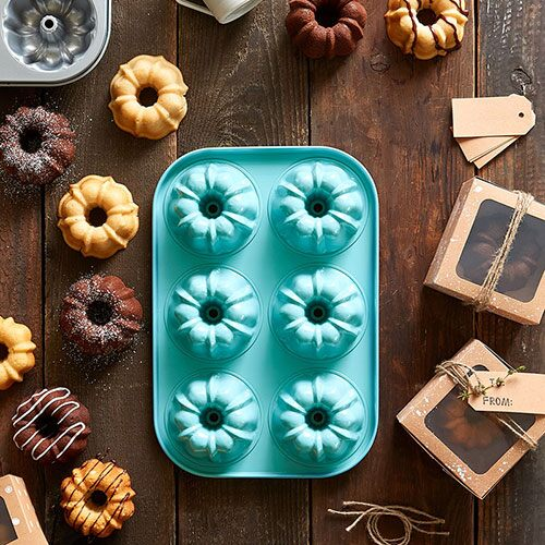 Mini Fluted Cake Pan