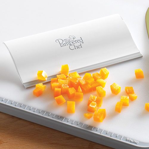 Large Grooved Cutting Board Shop Pampered Chef Us Site