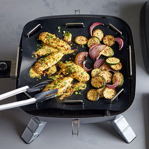 Grill Mat & Tray - Shop | Pampered Chef US Site