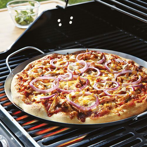 bbq pizza pan shop pampered chef us site. Black Bedroom Furniture Sets. Home Design Ideas