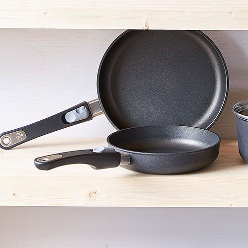 10 Quot Nonstick Fry Pan Shop Pampered Chef Us Site
