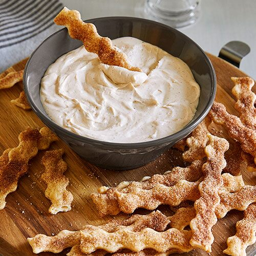 Pie Crust Chips & Cinnamon Dip