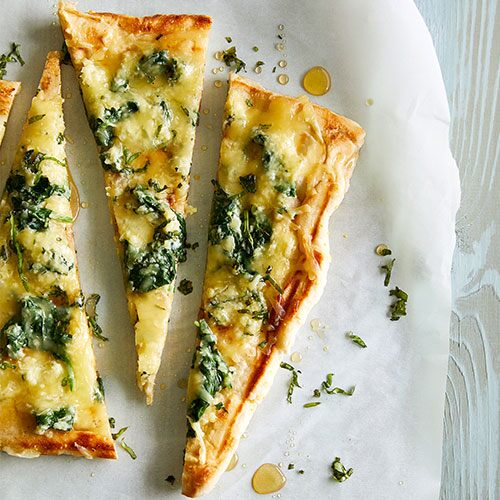 Grilled Spinach Basil Honey Pizza Recipes Pampered Chef Us Site