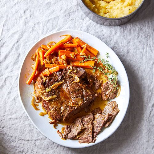 Quick Cooker Pot Roast With Mashed Potatoes