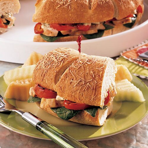 Chicken Pesto Sandwich Ring