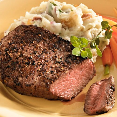 Peppered Beef Filets with Caramelized Onion Mashed Potatoes
