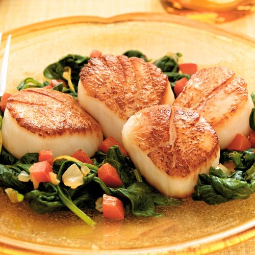 Pan seared scallops and spinach recipes pampered chef us site pan seared scallops and spinach fandeluxe Gallery