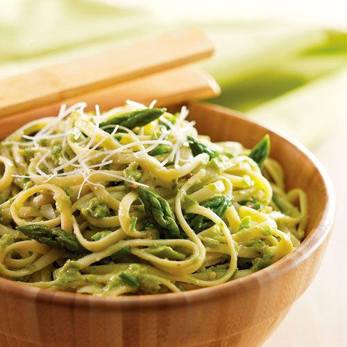 Linguine with Creamy Asparagus Pesto