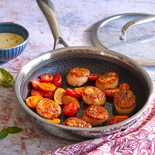 Seared Scallops with Basil Sauce