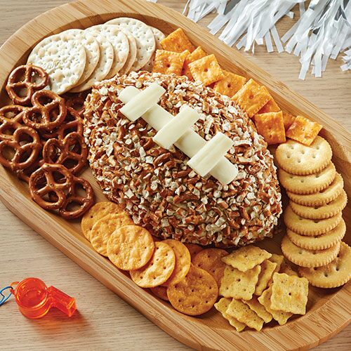 Pretzel & Cheese Football