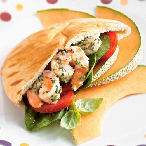 Grilled Shrimp Pitas with Basil Aioli