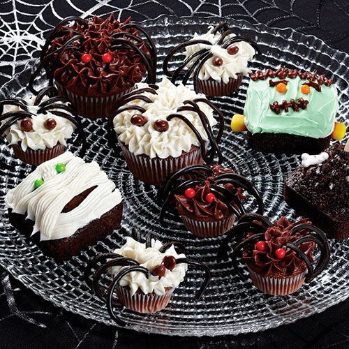 Halloween Dessert Decorating